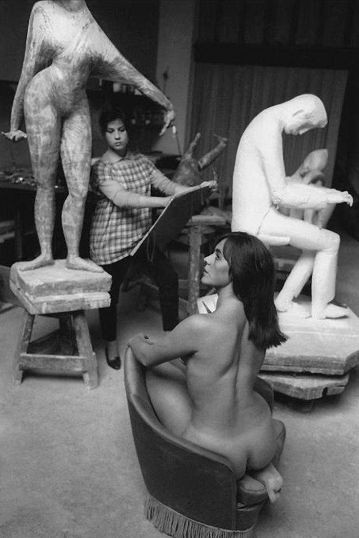art nude gallery