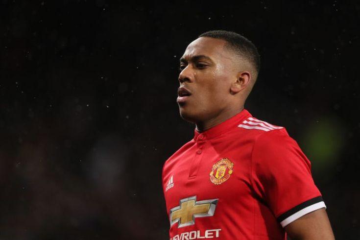 Αμφίβολο παραμένει το μέλλον του Γάλλου επιθετικού της Manchester United Anthony Martial, με την Tottenham να παρακολουθεί από κοντά τις τ...