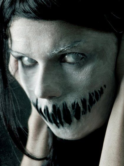 Pictures : Makeup Ideas for Halloween - Scary Face Halloween Makeup