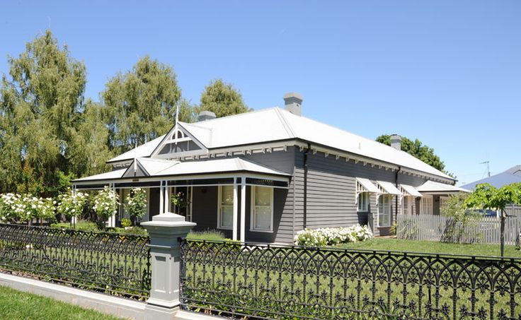 "Harkaway Homes - Victorian Traditional - ""Seddon"" - 22sq - Spine Alive Building, Orange NSW"