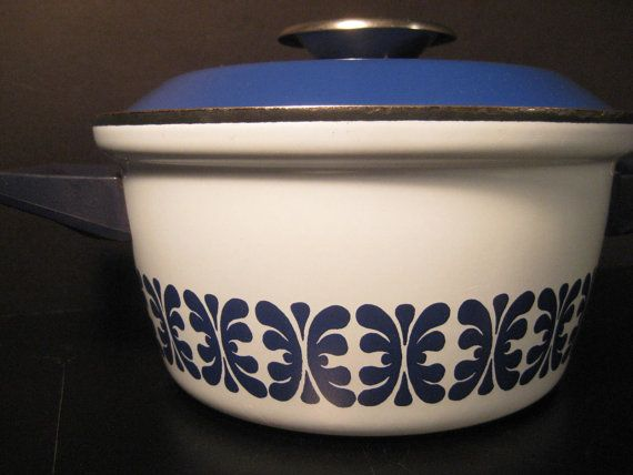 Hard to find Double Handled Blue & White CathrineHolm of Norway Dutch Oven with lid. Scandinavian Stockpot, Saucepan. TheRetroLife