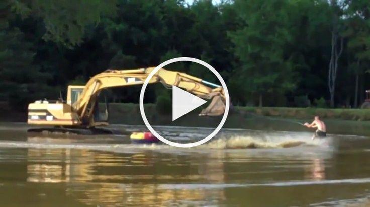 Trei tineri sau gandit sa faca schi nautic cu un excavator.VIDEO…