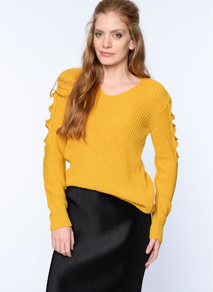 (3003) V 18350 V-neck Distressed Sleeve Knitwear Pullover