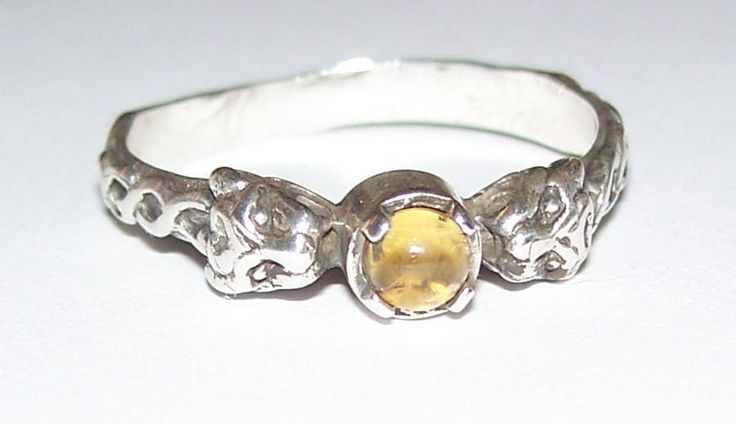 Celtic LION Ring in .925 Sterling Silver - Two-headed Medieval LION GODDESS ISHTAR Ring with gemstone choice