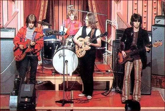 The Dirty Mac: Eric Clapton -lead guitar, John Lennon -vocals, rythym guitar, Keith Richards -bass, Mitch Mitchell -drums, 1968.