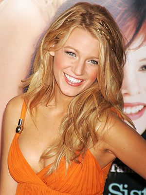 Google Image Result for http://www.annehelenpetersen.com/wp-content/uploads/2011/06/blake-lively-hair.jpg