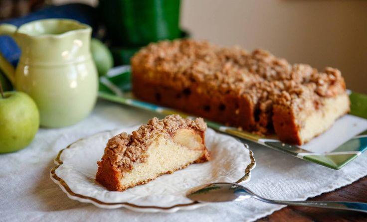 "Otroligt saftig äppelkaka med kanelcrumble, lite ""extra allt"" helt enkelt!"