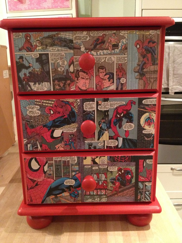 More of a retro feel to this rather than my country/shabby chic. Autentico red and spiderman comic decupage