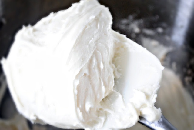 BEST vanilla frosting recipe