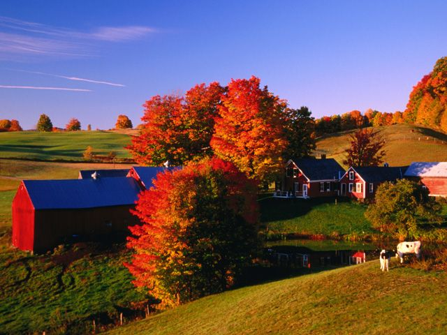 Beautiful Autumn Barn Photos - Fall Foliage Pictures - Country Living - Glen Marsch/Flickr Creative Commons