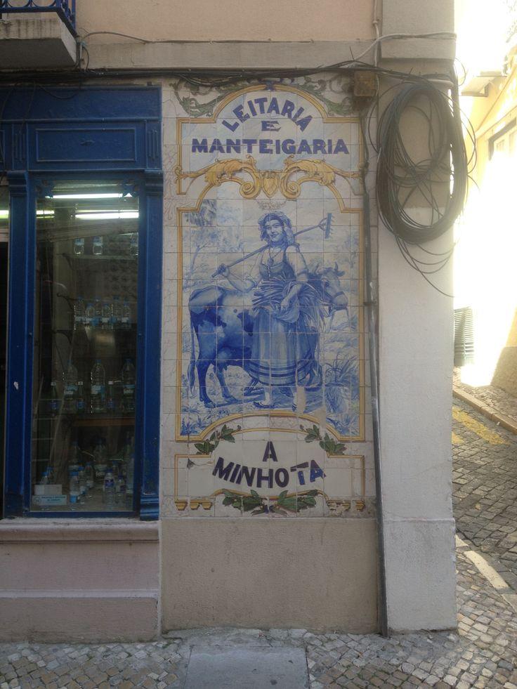 Rua de São José. A Minhota.