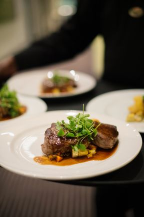 BALATA RESTAURANT DOES IT A 5TH TIME AT THE AMERICAN EXPRESS FINE DINING AWARDS.