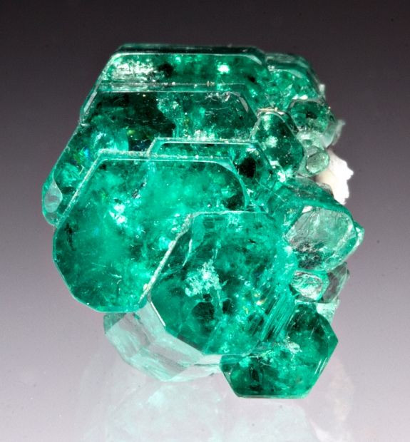 Emerald | Buy  loose #gemstones online at mystichue.com