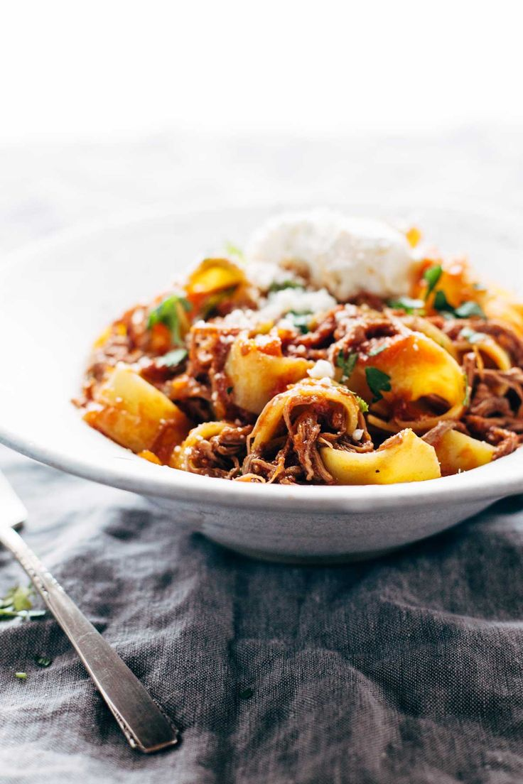 Slow Cooker Beef Ragu with Pappardelle - easy comfort food from the new Skinnytaste cookbook!   pinchofyum.com