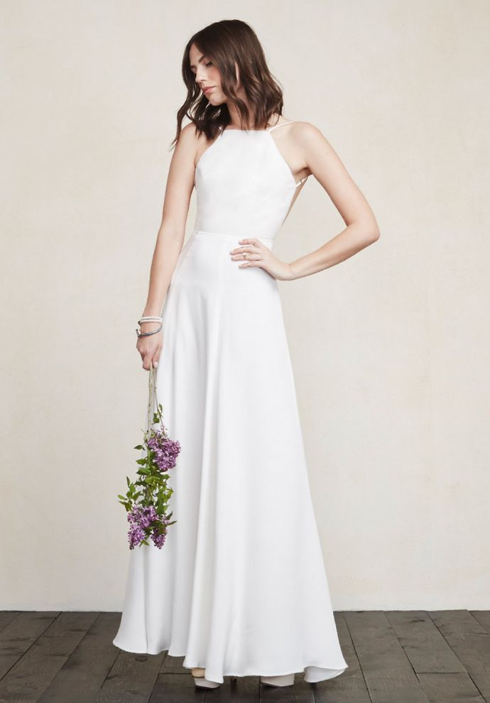 15 Places to Snag a Gorgeous Wedding Dress on a Budget