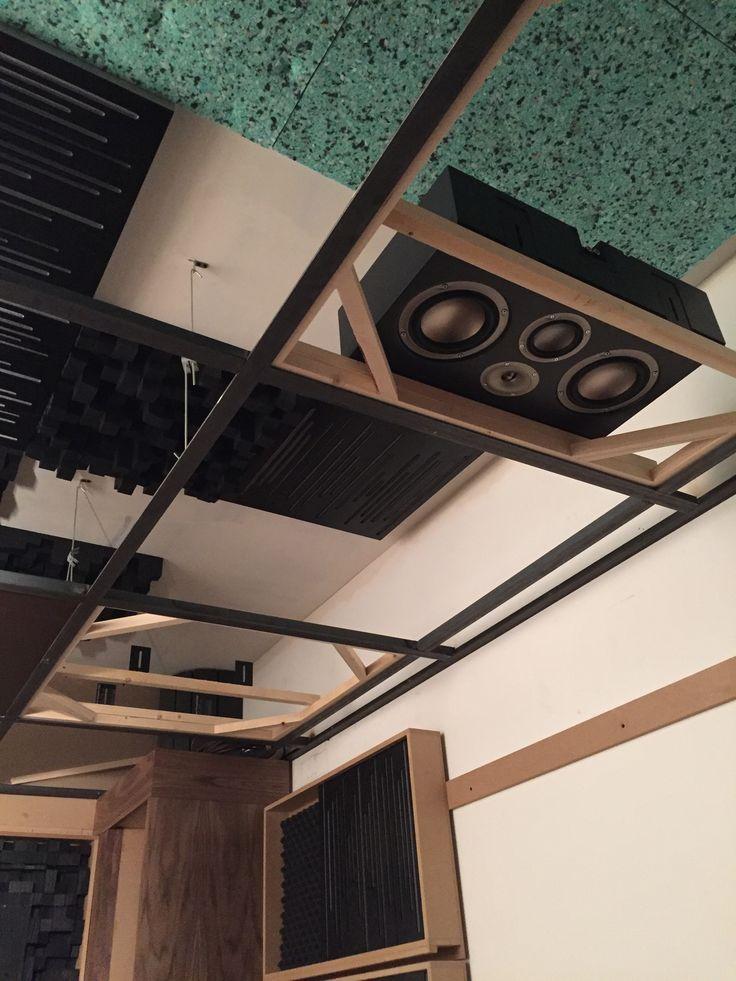 Mise en place plafond des Jbl synthesis S4VC pour les cannaux Dolby Atmos/Dts X, matériaux acoustique Vicoustic Installation Cédric Arnaud-bour Showroom art&sound 6 avenue Delcassé 75008 Paris