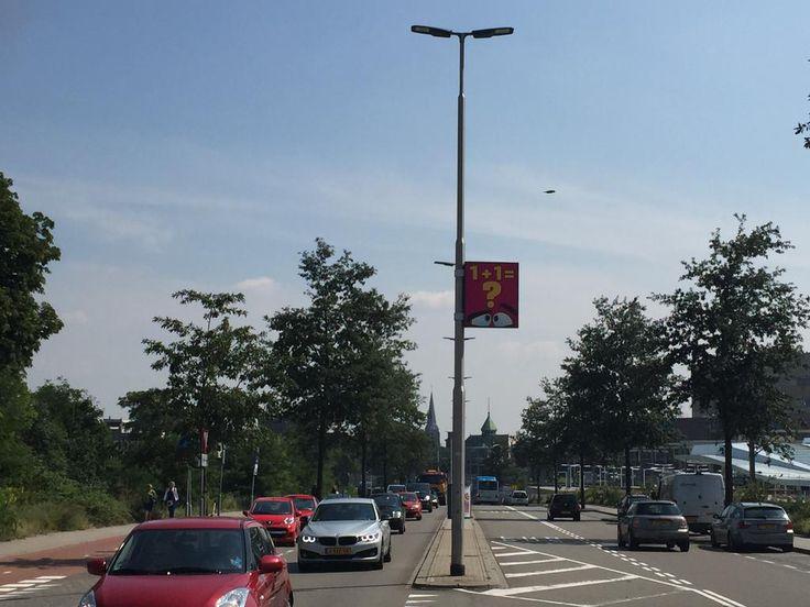 1 + 1 = ? @gemeentearnhem #Eusebiusbuitensingel! Lichtmastreclame scoort in Arnhem http://bit.ly/1hO2S08