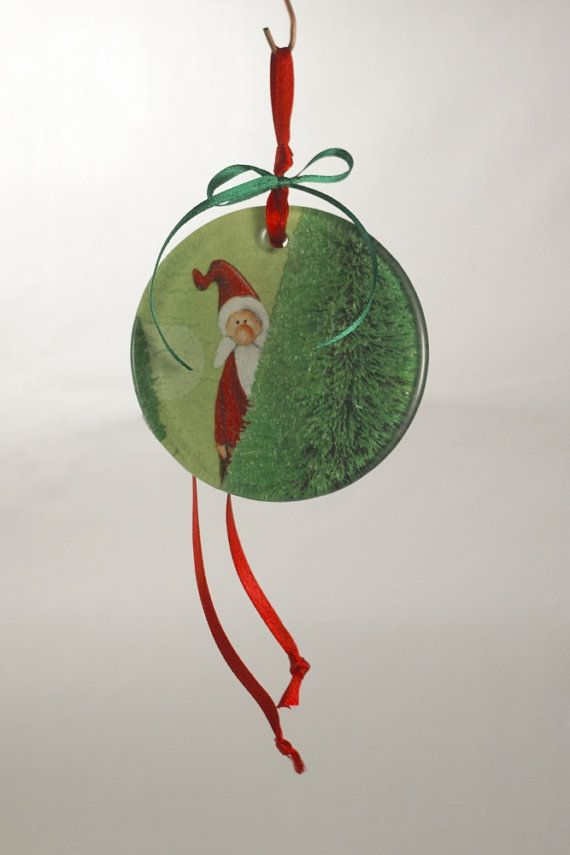 Hanging ornament with Santa Claus by Oramaglassart on Etsy