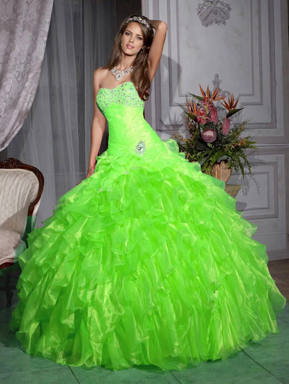 I would wear this as my wedding dress, I love line green way too much!! Lime Green Quinceanera Dress