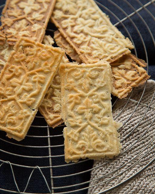 Goro Beautiful Norwegian Holiday Cookies