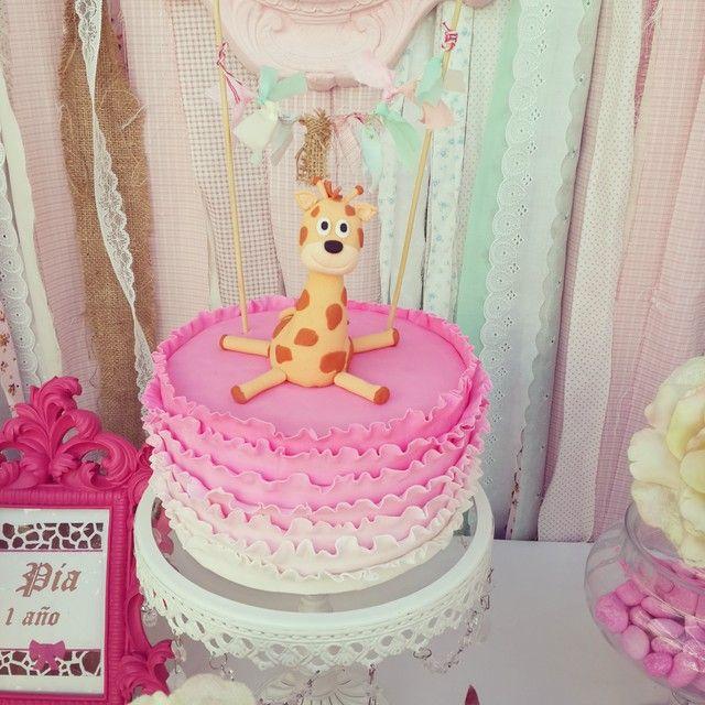 Mooie taart met giraffe. Sophie de Giraf