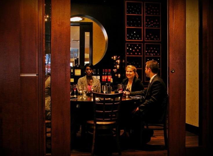 Viand Restaurant Chicago