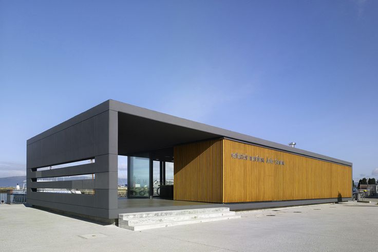 Estación Marítima de Vilanova de Arousa / 2C Arquitectos //