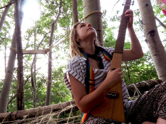 Valhalla Montreal Heavenly Music in our new tree house!  #valhallamovement #ecodesign #organicdesign #sustainabledesign #sustainable #urban garden #gardening #upcycled #gardenideas   Website: http://valhallamovement.com/