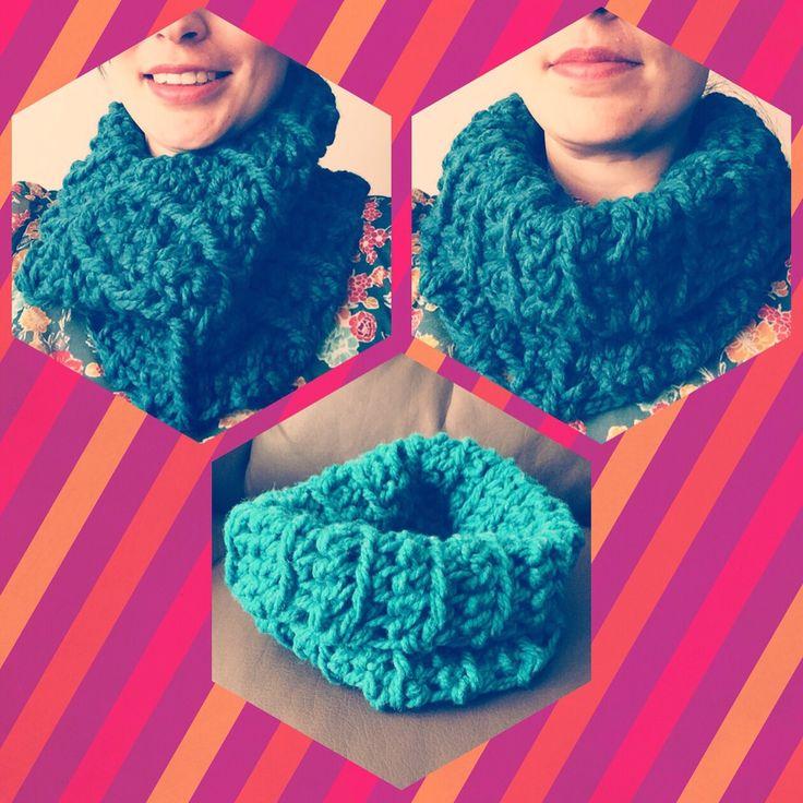 Agrega color a tu look con el nuevo cuello a #crochet !! Adquiérelo en tu color favorito en lanitasycrochet@gmail.com - whatsapp 3003983512. Síguenos en Instagram como lanitasycrochet !