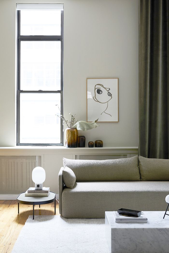 Inside A Scandinavian Inspired Nyc Apartment That S 100 Shoppable Minimalist Living Room Living Room Design Diy Living Room Diy