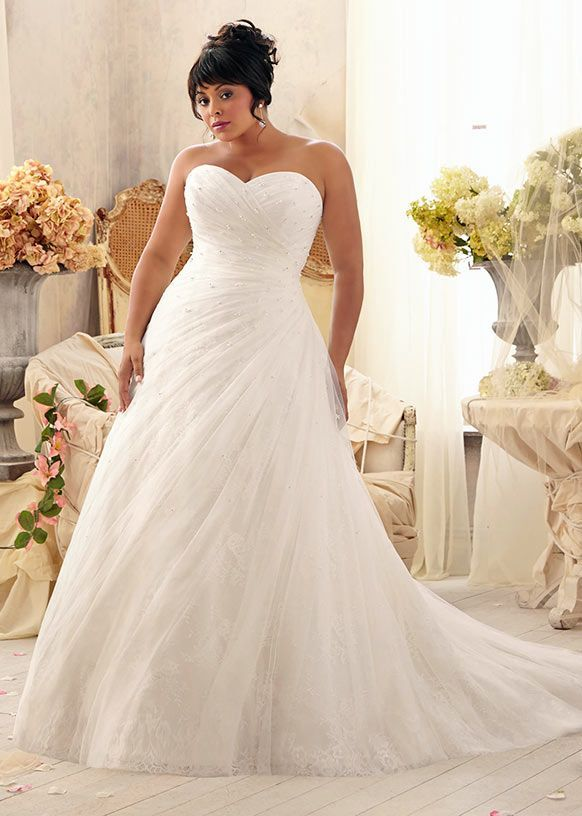 1032 best Brautkleider images on Pinterest | Homecoming dresses ...