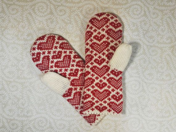 Hand-made adult mittens with heart pattern by LanaNere on Etsy