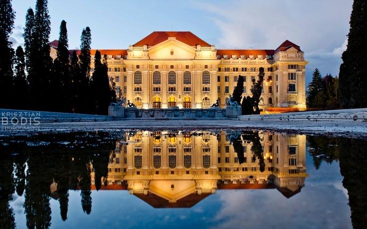 Debrecen University