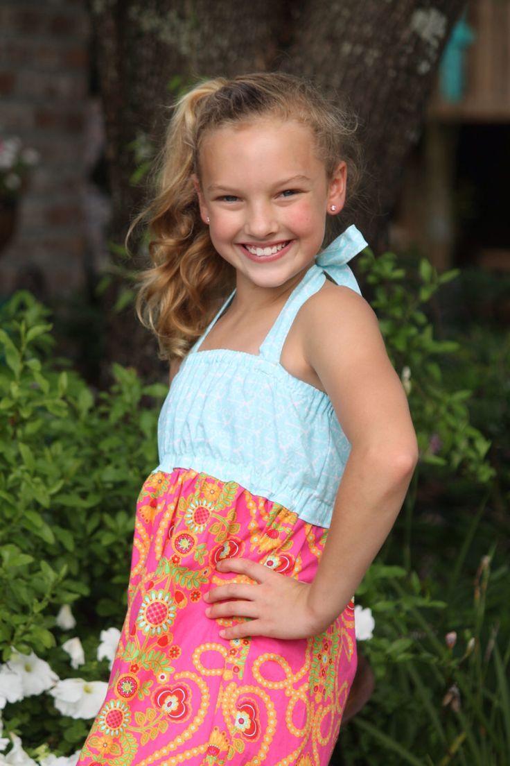 50% OFF Maxi Dress for Girls sewing pattern - tween sewing pattern - maxi dress - sewing pattern - girls sewing pattern by SeaminglySmitten on Etsy https://www.etsy.com/listing/150439599/50-off-maxi-dress-for-girls-sewing