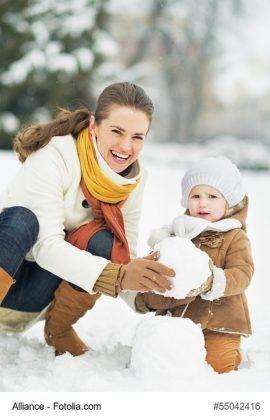 """Kindergeburtstag im Winter und bei Schnee  Der Kindergeburtstag steht vor der Tür und man steht immer wieder vor der gleichen Frage: """"Was soll ich machen? Worüber freut sich mein Kind und die Gäste?"""" Warum nicht einmal einen außergewöhnlichen Geburtstag feiern?"""
