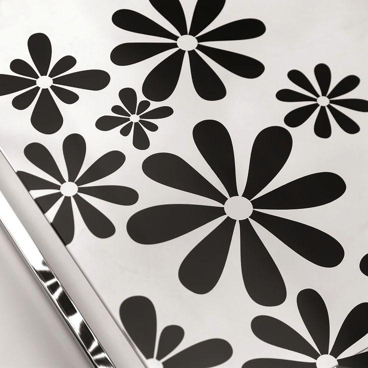 Il tavolino Zen-V ha un design essenziale, minimal, impreziosito dal vetro serigrafato a tema floreale, #petaloso, che lo rende vivace, giocoso, di sicuro effetto nella stanza. http://www.chairsoutlet.com