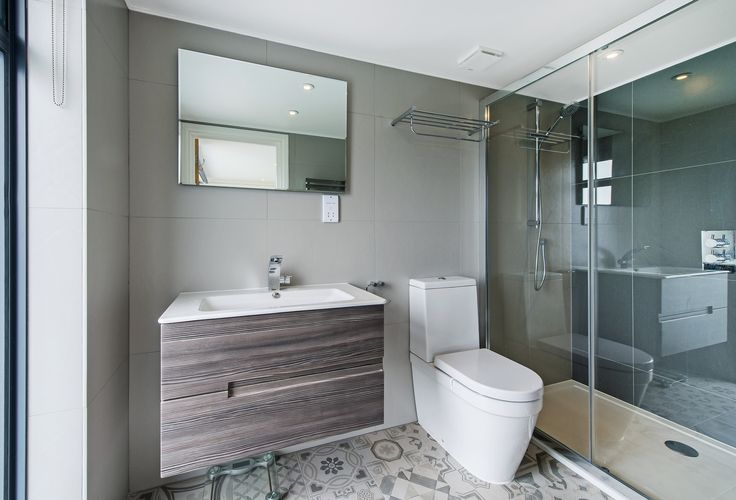 17 best images about beautiful bathrooms don 39 t move for Beautiful en suite bathrooms