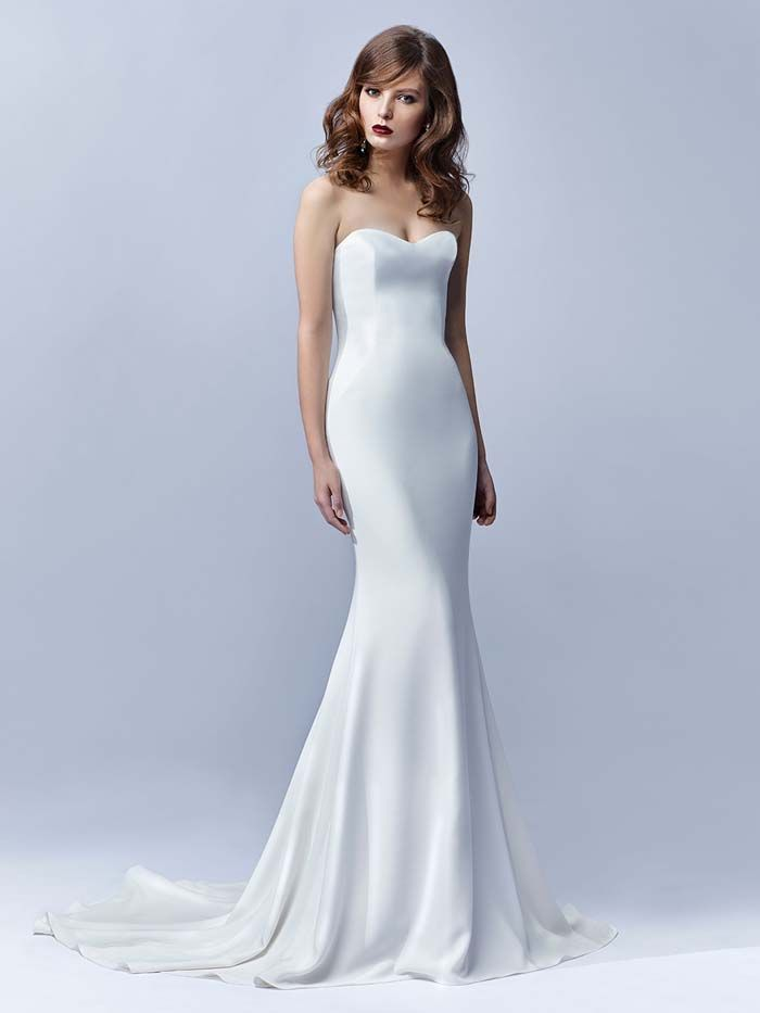 minimalist wedding dress simple strapless mermaid A sexy, sleek and strapless wedding gown.
