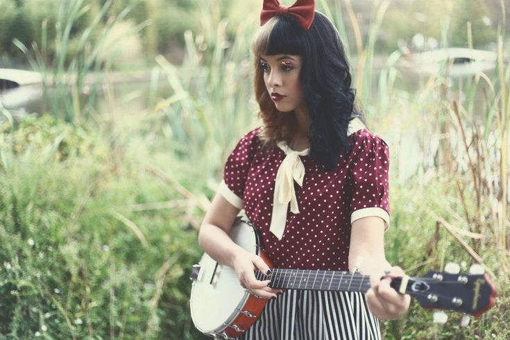 melanie martinez's music and style is to die for.