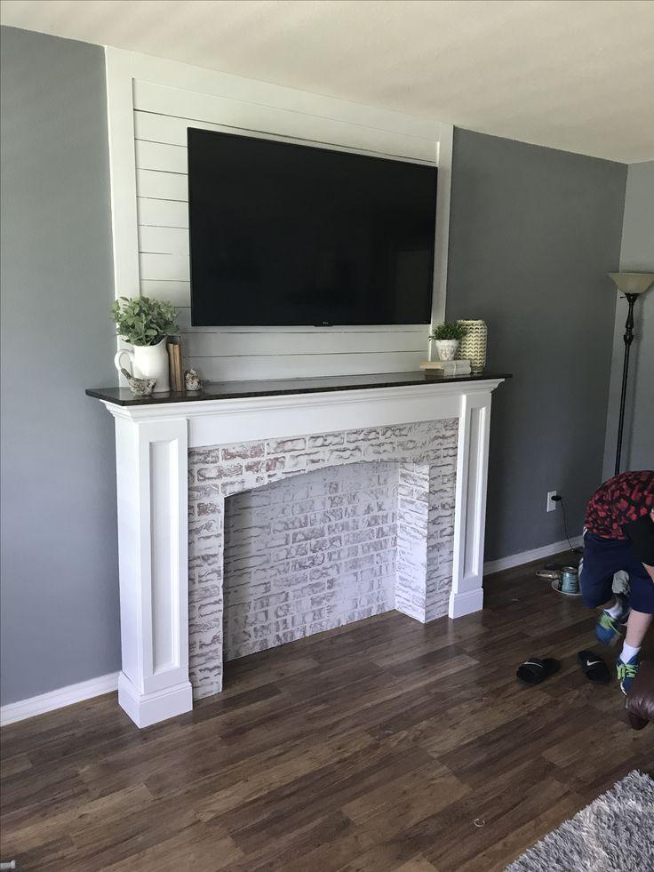 The 25+ best Fireplace trim ideas on Pinterest | White ...