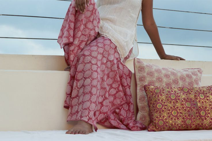 SUMMER STYLE Craft & comfort come together in a summer style statement.. Our breezy Bali pants flow gracefully from resort to brunch. Handcrafted with #Kalamkari #handblock printing of Machlipatam, where Indian #chintz originated. This MadderRose collection from #GoodEarthSustain features the revival of printing with NaturalDyes. Available at Good Earth boutiques across India. #SummerStyle #SustainableLuxury