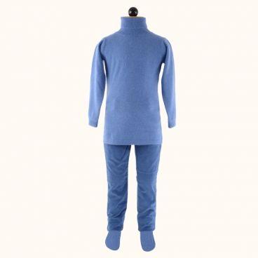 Lupetto e pantalone di velluto a coste: un look sportivo per un giro in bicicletta con le amiche!  Shop now Lupetto-> http://www.cashmirino.com/ragazza_maglie/lupetto_fiordaliso_ragazza Pantaloni-> http://www.cashmirino.com/ragazza_pantaloni_shorts/jeans_ragazza_vell_blu