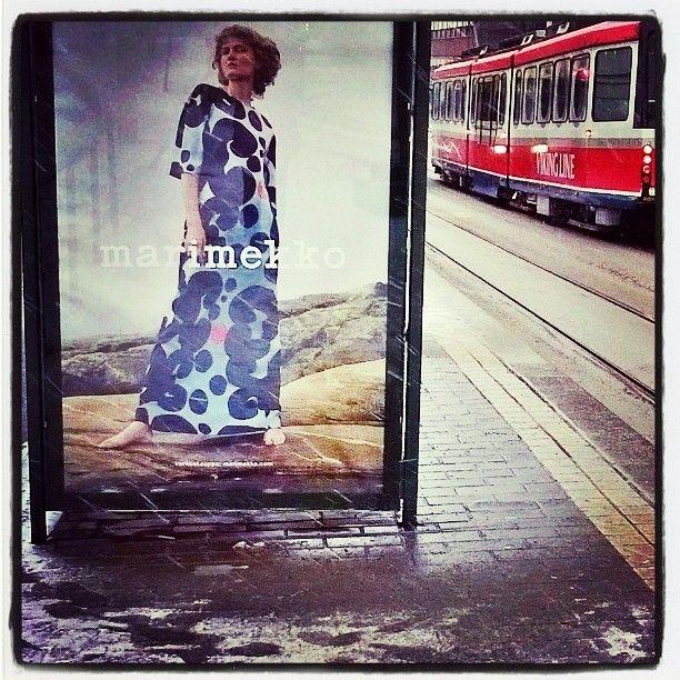 #Marimekko #maksimekko #jalanjälkiä #footprints  #räntää 7.3.6 #VikingLine ei alus mutta #raitsikka #Helsinki