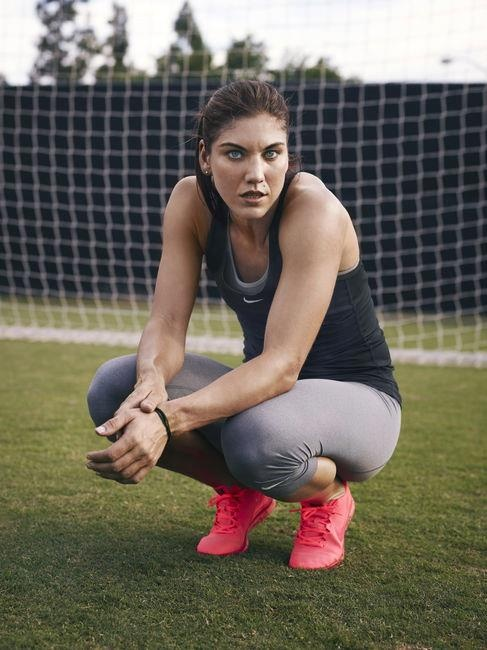 Hope Solo abs