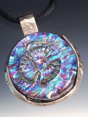 Eternity Dichroic Glass Wheel