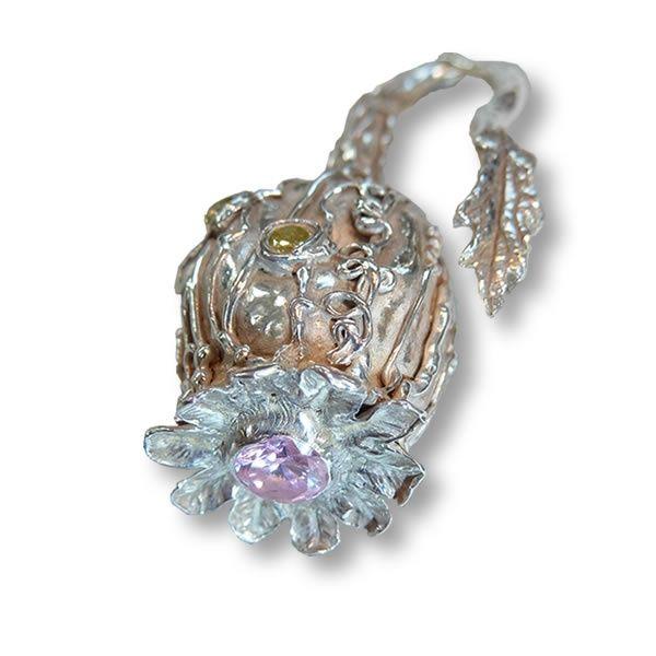 Sleeping Beauty broche   brooch   broche   Art Styles jewelry   zilver   Studio Art Styles