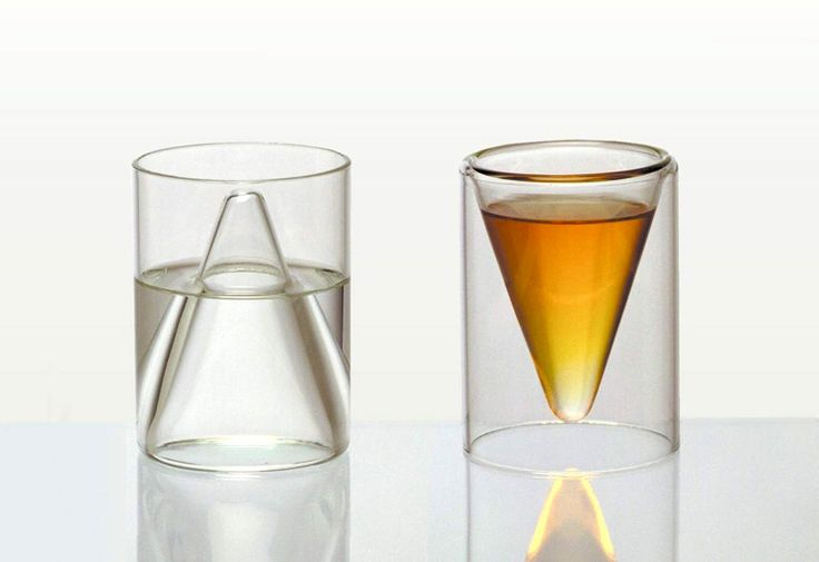 Vice/Virtue Glasses. Reservoir, 1997. Blown glass, 4 x 2 7/8 x 2 7/8 in. (10.2 x 7.3 x 7.3 cm) each. Henry Urbach Architecture, New York. // Diller Scofidio + Renfro