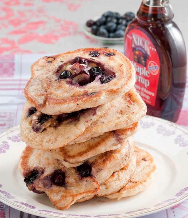 Recipe: Blueberry Pancakes by Een Broodje in de Oven - http://www.pretapregnant.com/lifestyle/5024-recipe-blueberry-pancakes-by-een-broodje-in-de-oven - pret a pregnant