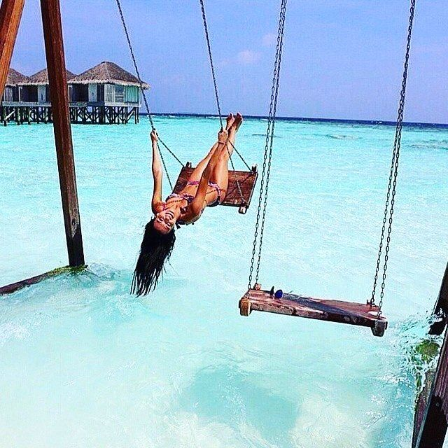 Paradise spa swinging
