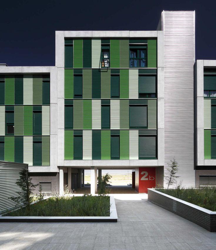 Galeria de 120 Habitações Sociais em Parla / Arquitecnica - 8